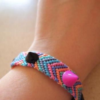 Spikes & Studs Pastel Friendship Bracelets || pink purple blue green grey orange ||
